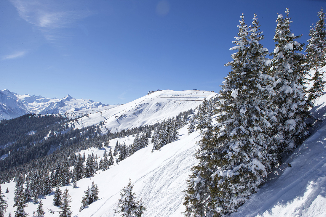 Lyžiarske stredisko Schmitten priamo nad mestečkom Zell am See. Foto: (c)Faistauer Photography