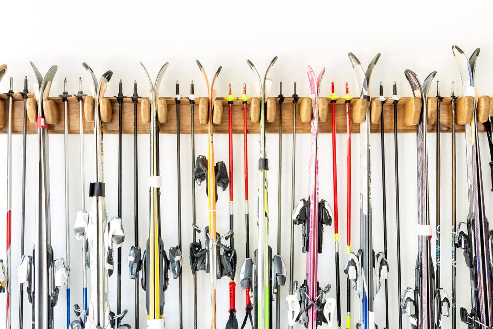 Ako si kúpiť lyže. Foto: Shutterstock