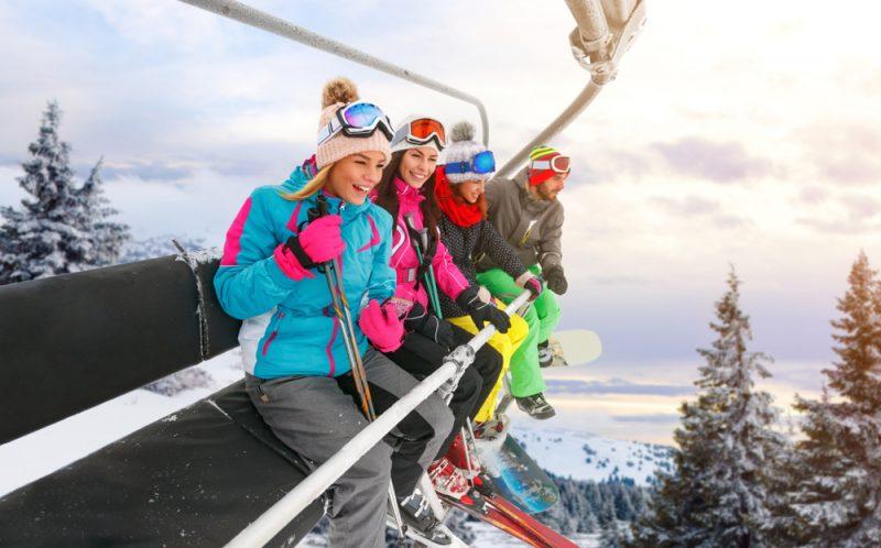 Preniknite do základnéhorozdelenia lyží, tajomstiev ich tvarov a rozmerov. Foto: Shutterstock