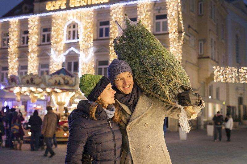Vuianočné trhy v dolnom Rakúsku majú stále tradičnú atmosféru.