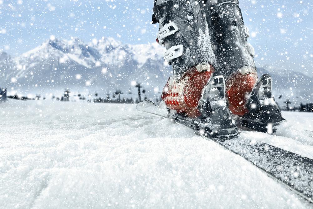 3cb810fa6e49 Ako nájsť správnu veľkosť lyžiarok a dĺžku lyží. Foto  Shutterstock