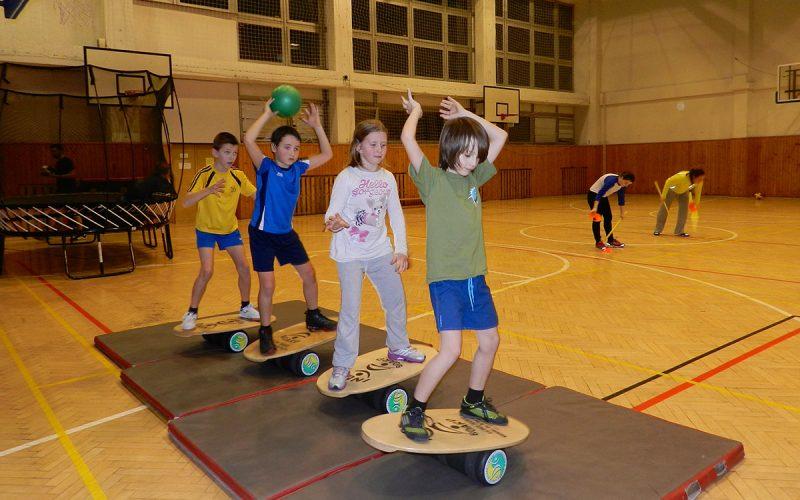 Board Academy v telocvični