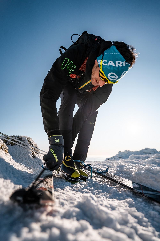 Najľahšie lyžiarky sú vyrábané z karbónu, ktorý je síce veľmi ľahký a pevný, no zároveň krehký. Foto: Martin Bernard