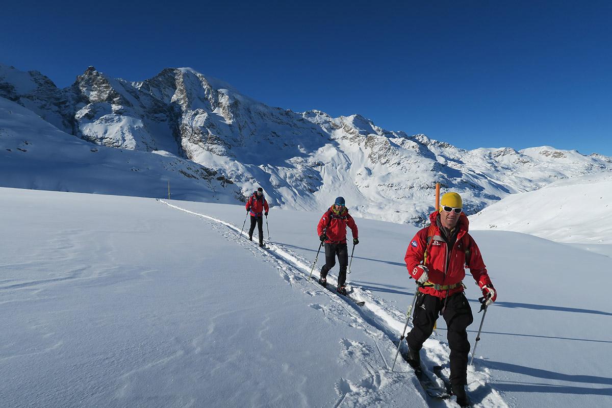 V ponuke sú víkendové aj viacdňové skialpinistické programy.